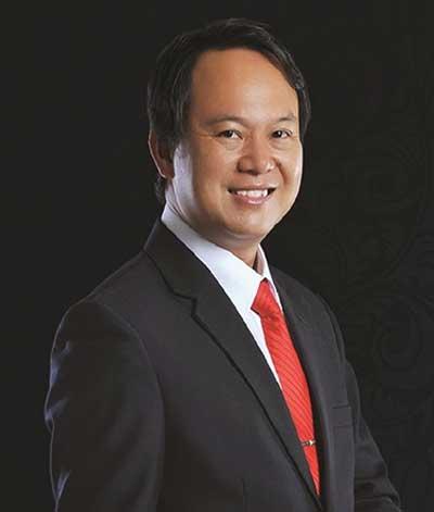 Chủ tịch của tập đoàn Trần Anh