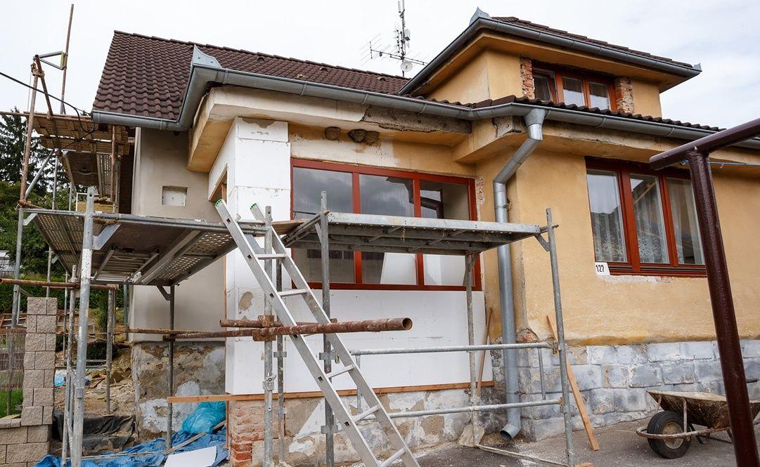 Các công trình sửa chữa không tiếp giáp với đường đô thị được miễn giấy phép xây dựng