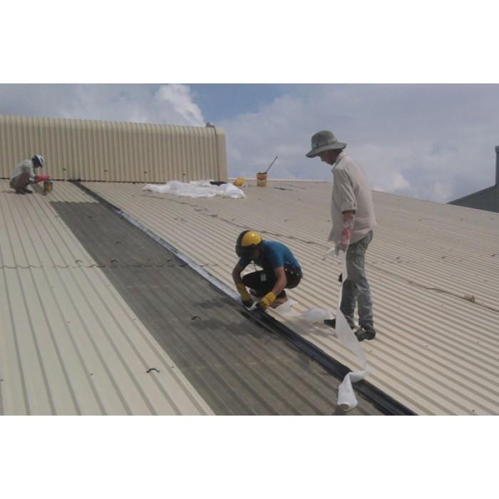Khi đóng trần nhà tôn cần chú ý đến thời tiết