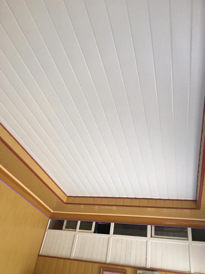 Trần nhà bằng tôn có độ bền màu cao
