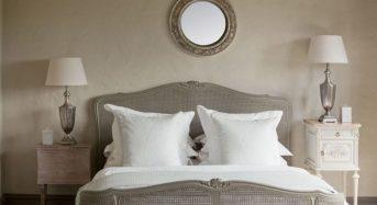 Những vật gì không nên để đầu giường?