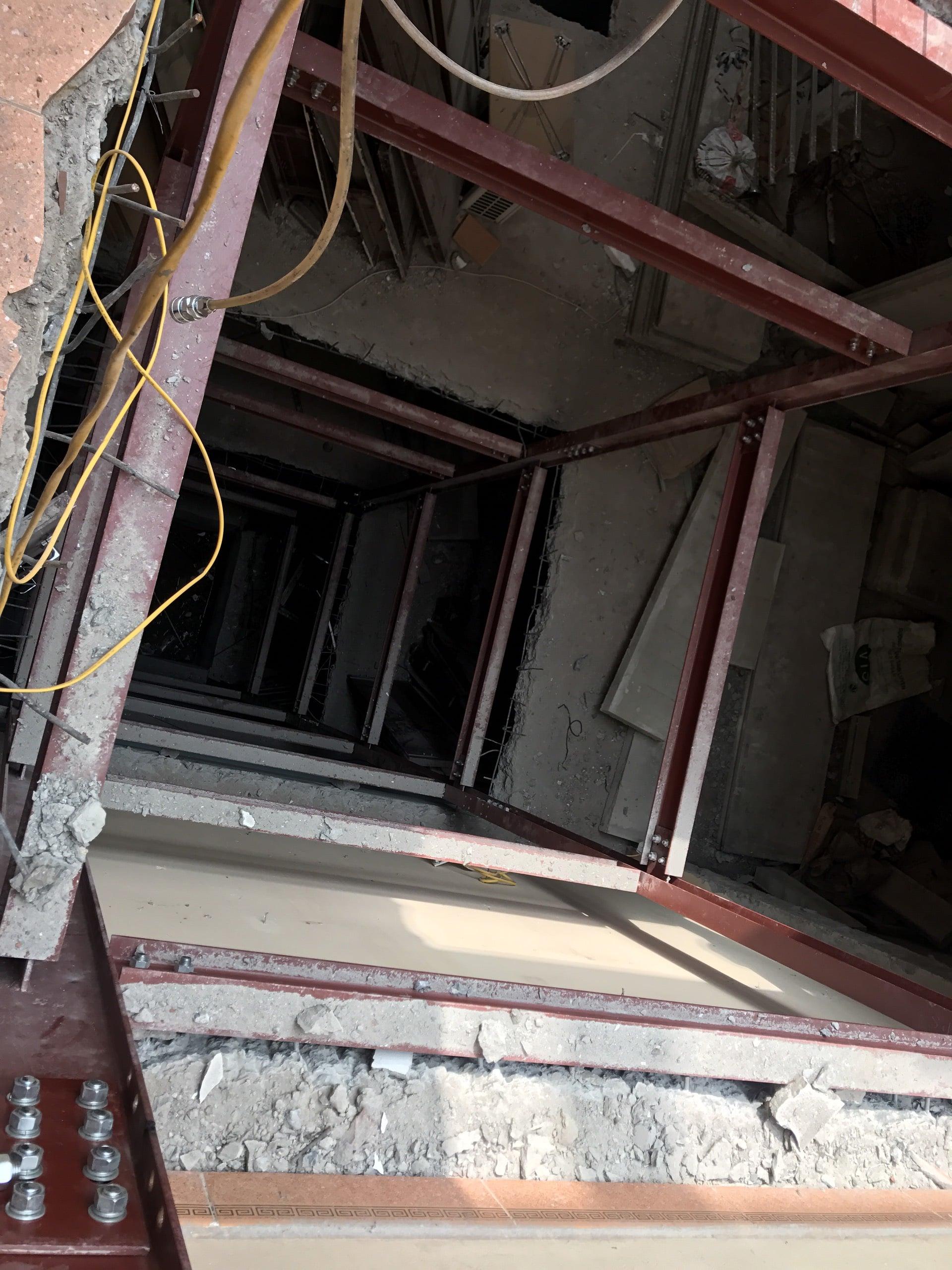 Lắp đặt khung thang máy từ tầng 1 lên tầng 8 cho nhà Anh Đăng 1